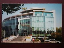 POSTCARD B19 BUCKINGHAMSHIRE GLASS FRONTED OFFICE BUILDING AYLESBURY