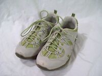Rugged Outback Women's Grey Green Lace Up Shoes sz 6.5