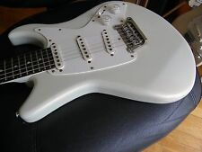 Yamaha SC300T Strat style electric guitar SSS  VERY GOOD PLUS  condition