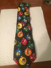 "Men's Looney Tunes Christmas Santa  Neck Tie. 3.5"" standard length and width orn"