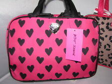 NEW $58 Betsey Johnson HEARTS Pink & Black Travel COSMO Cosmetic Make-up bag