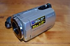 Sony dcr-sr42 Digital Video Camera; 40x Optical 2000x Digital Zoom; 30 Go HDD