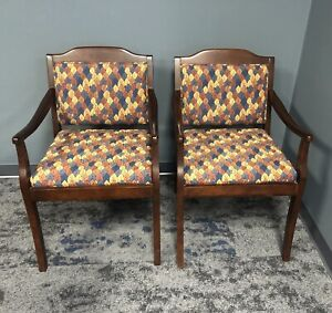 Set of 2 Fairfield Arm Chairs. Excellent, Used Condition.