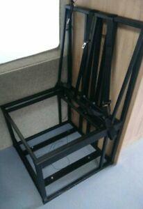 Camper-van / motorhome fixed seating