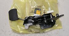 Renault Megane II Brake Pedal Part Number 8200156014 Genuine Renault Part