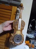 vintage thermometer thermometre TISSOT et barometre mural déco forme violon
