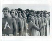 1980 Press Photo John Ritter Waving From Line of Capt Avengers Hero at Large