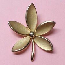 Elegant Vintage Crown Trifari Flower Leaf Gold Tone Pin Brooch