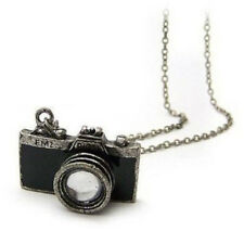 New Practical Beautiful Exquisite Retro Camera Photographer Necklace in Black T1