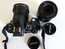 Superbe Olympus E-520 avec 14-42mm f/1:3,5-5,6 et 40-150 mm f/1:4-5,6 10.0 Megap