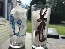 Wile E Coyote & Road Runner 1973 Looney Toons / Pepsi 16 oz. Collectors Glasses