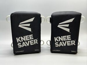 """Easton Original Knee Saver Size Small Black A165011 Fits Players 5'7"""" And Below"""