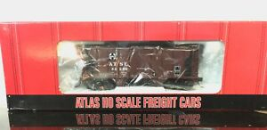 HO Atlas ATSF Santa Fe Red Covered Hopper  road # 82286
