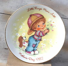 Avon Mother's Day Plate 1982
