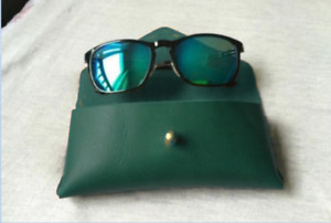 men women Eyeglass Cases sunglasses bag holder cow Leather Customize green Gifts