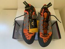 La Sportiva Climbing Shoes Size 10.5 for men or 11.5 for women - Brand New