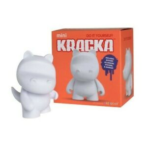 Kidrobot Mini Kracka Diy Vinyl Art Figure
