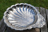 edler Zierteller Schale Muschelform um 1960 versilbert wertvolles Sammlerstück