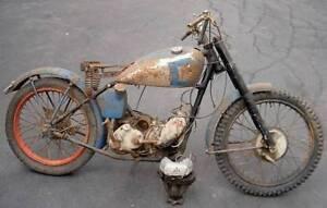 1946 AJS 16 350cc (Matchless version was G3) rigid frame vintage parts bike