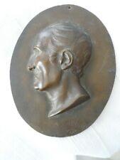 PLAQUE BRONZE  MEDAILLON PORTRAIT PROFIL( MONTESQUIEU?) 1830 GUICHARD  sculpteur