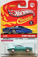 HOT WHEELS CLASSICS SERIES 5 '70 HEMI CHALLENGER #4/30 GREEN W+