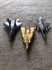 "3- 7"" Friction fighter jets"