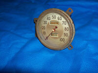 1939 FORD SPEEDOMETER, GOOD USED FOR RESTORATION