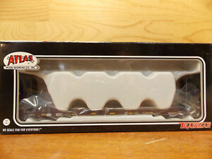 Atlas Trainman AOK Bulkhead flat car