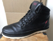 Men's LEVI'S Leather Chukka Boots - Size 9 (43)