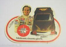 VECCHIO ADESIVO / Old Sticker GILLES VILLENEUVE AUTO MARRONE REEL (cm 12 x 9)