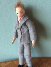 Mann Erna Meyer grauer Anzug  Puppenstube Puppenhaus 1:18 dollhouse doll