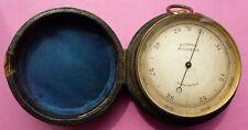 Fine Antique Poche baromètre & Altimètre signé terrier de Malvern