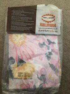Hallmark Dominion Textile Canada 2 Floral Pillowcases Vintage?