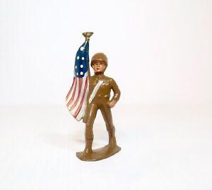 MANOIL Lead Toy Soldier AMERICAN FLAG BEARER