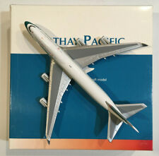 """1/400 Golden Wings Cathay Pacific Boeing B 747-467 """"Sure We Win"""" Logo B-HUI (LE)"""
