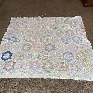"""Antique Hand Sewn Grandmother Flower Garden Quilt 72X80"""" Crafts Cutter Tattered"""