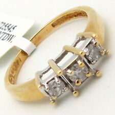 3-stone Round Diamond Engagement Ring 14K two-tone Gold 0.30ct H/SI size 5.75