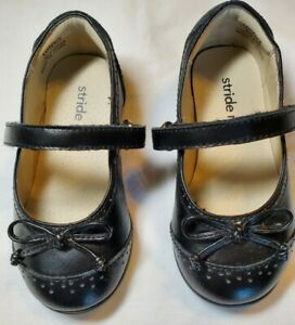 EUC STRIDE RITE toddler girls leather Kaydence Black Mary janes w/bow, 6 WIDE
