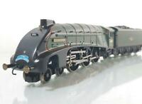 "MINT HORNBY R2024 - BR GREEN ""QUEEN OF SCOTS"" A4 PACIFIC 60031 ""GOLDEN PLOVER"""