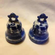 BLUE WILLOW LIBERTY BELL  SALT & PEPPER SHAKERS