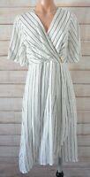 Teaberry Fit Flare Dress Size 8 White Black Stripe Wrap Shortsleeve