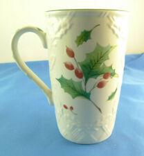 Mikasa Season's Holly coffee tea mug cup English Countryside holly berries DP006