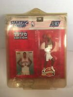 1996 STARTING LINEUP NBA BASKETBALL Allen Iverson Rookie Sixers Rare w Protector