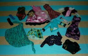 Monster High Assorted Clothes for Play/OOAK/Complete a Set