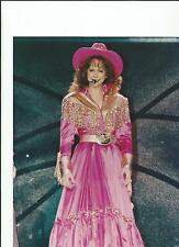 REBA McINTYRE COUNTRY MUSIC SUPERSTAR 8X10 PICTURE PHOTO TELEVISION RM-6