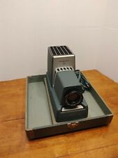 Vintage Argus 300. 35 mm slide projector works extra attachments carrying case
