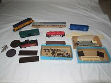 Mixed Lot of Vintage Ho Scale Train Parts Cars Engines - As Is - Untested
