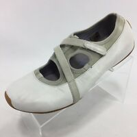 TSUBO Women's Solid White Leather Flats Mary Janes 10