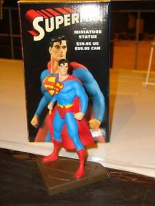 DC DIRECT SUPERMAN CLASSIC MINI-STATUE! DAN JURGENS! NEW! NM!