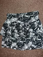 NEW LADY'S SKIRT SIZE 8